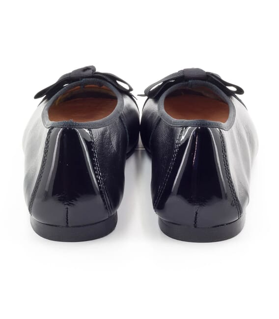 Boni Isaure - girls black ballet pumps -